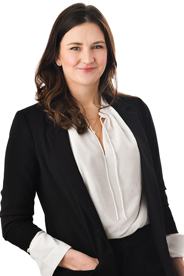 Lauren Swartout Legal Recruiter